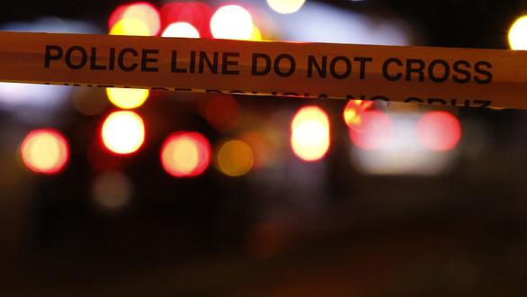 Chủ nhà ở Mỹ bắn chết 3 tên trộm nhập nha vẫn không bị truy tố - Ảnh 1.