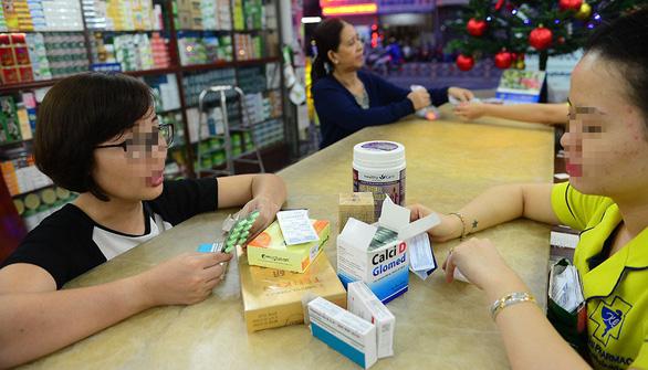 TP.HCM: còn tồn tại mua bán thuốc lòng vòng, không hóa đơn - Ảnh 1.