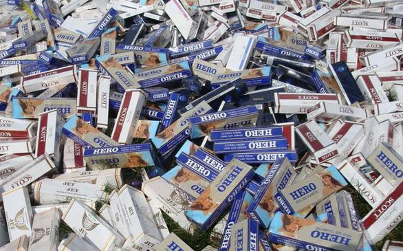 700 triệu bao thuốc lá lậu mỗi năm, khó ngăn chặn do bất cập quy định? - Ảnh 1.