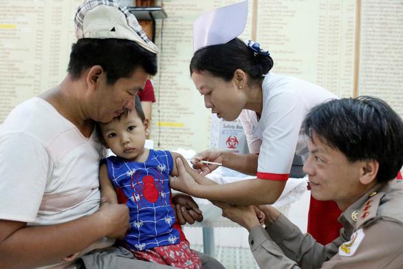 Thế giới trải nghiệm 9 vấn đề y tế tốt và xấu trong năm 2019 - Ảnh 8.