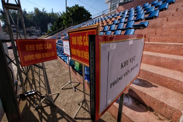 Khu xử lưu động nhóm bị cáo giết nữ sinh giao gà trên sân vận động rộng 4.000m2 - Ảnh 6.