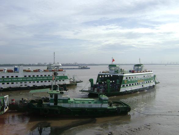 Tết dương lịch: Phà Cát Lái, Bình Khánh tăng gấp đôi số chuyến - Ảnh 1.