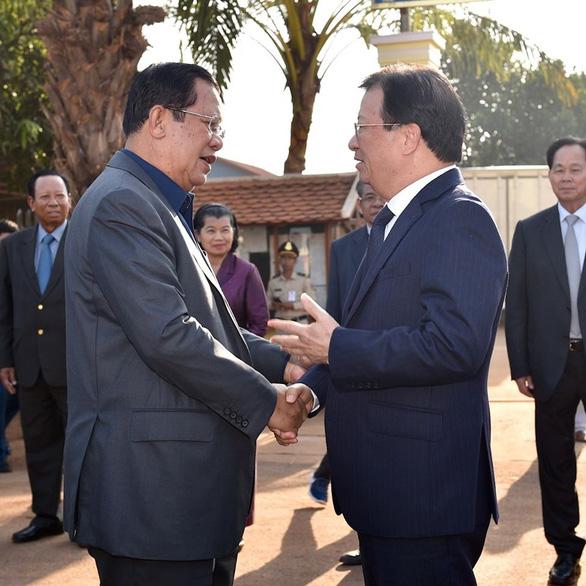Ông Hun Sen đáp trả gay gắt khi bị nói là con rối của Việt Nam - Ảnh 1.