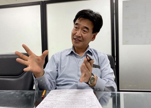 Doanh nhân Hàn Quốc: Việt Nam có quá nhiều phép tắc - Ảnh 1.
