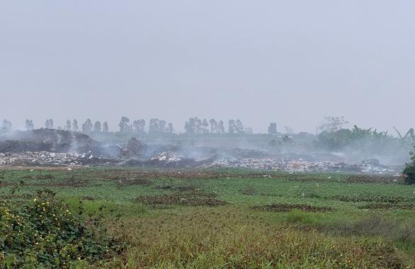 Hà Nội yêu cầu sắp xếp lại lịch học khi ô nhiễm không khí mức nguy hại - Ảnh 1.