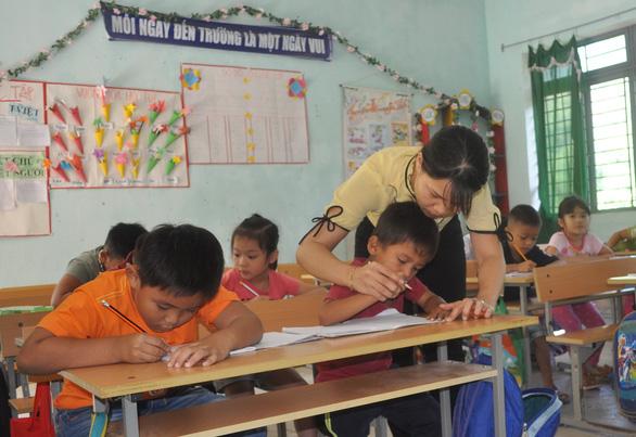 Quảng Ngãi hợp đồng giáo viên theo tiết - Ảnh 1.