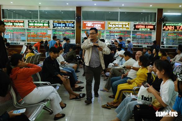 Giá tăng 20-50%, Đà Nẵng khẳng định đủ vé xe tết - Ảnh 1.