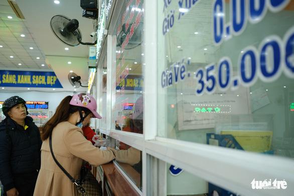 Giá tăng 20-50%, Đà Nẵng khẳng định đủ vé xe tết - Ảnh 3.