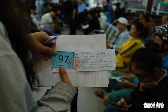 Giá tăng 20-50%, Đà Nẵng khẳng định đủ vé xe tết - Ảnh 4.
