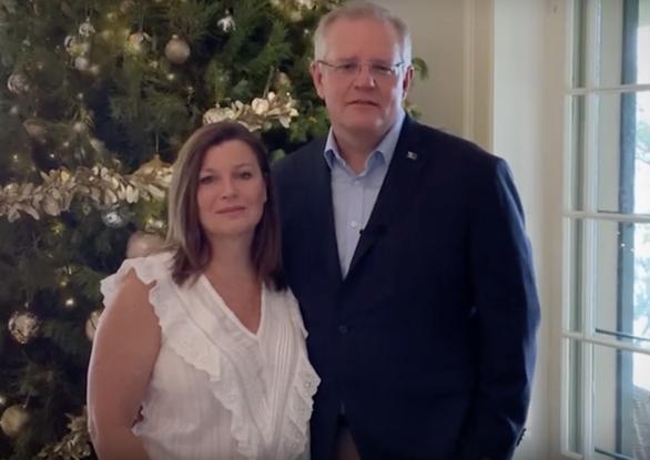Nữ Thủ tướng New Zealand khuyên Giáng sinh rời điện thoại để chia sẻ với gia đình - Ảnh 3.