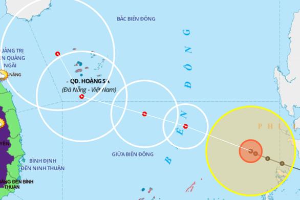 Bão Phanfone cách đảo Song Tử Tây 530km, sóng biển cao 6-8m - Ảnh 1.
