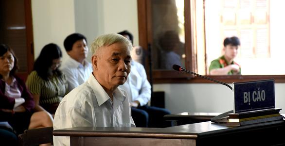 Xét xử cựu chánh án Phú Yên tham ô: Thấy dấu hiệu tham ô sao không lập biên bản? - Ảnh 2.
