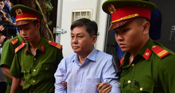 Sáng nay, xét xử ông Nguyễn Hữu Tín và 4 đồng phạm - Ảnh 2.