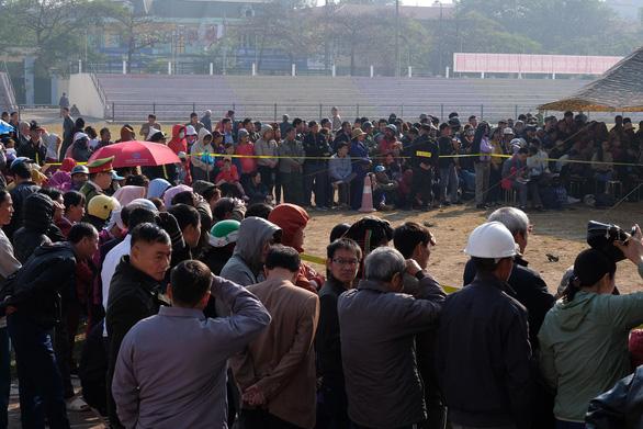 Hàng trăm cảnh sát bảo vệ phiên tòa nữ sinh giao gà bị sát hại - Ảnh 14.