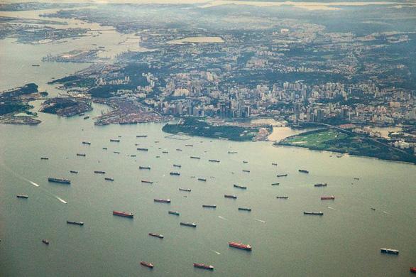 4 ngày, 5 tàu bị cướp biển tấn công trên eo biển Singapore - Ảnh 1.