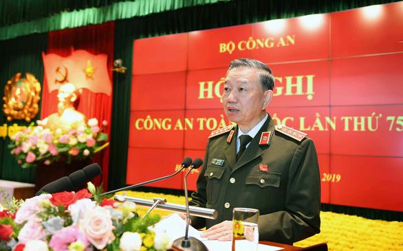 Bộ trưởng Bộ Công an Tô Lâm yêu cầu triệt xóa bằng được các băng nhóm tội phạm - Ảnh 1.