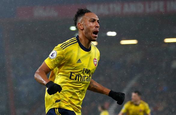 Arsenal thoát thua trước Bournemouth trong ngày HLV Arteta ra mắt - Ảnh 1.