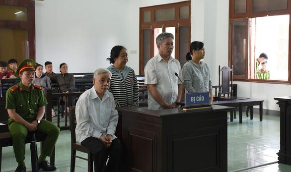 Viện kiểm sát bác đề nghị miễn trách nhiệm hình sự cho cựu chánh án Phú Yên - Ảnh 2.