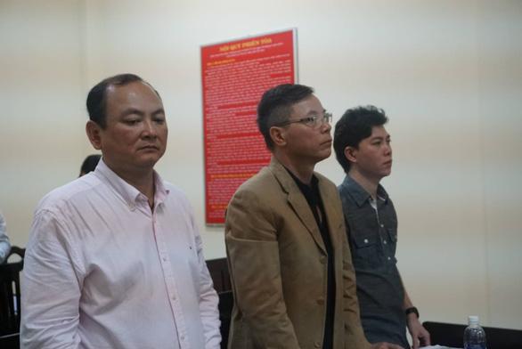 Lại hoãn xử vụ kiện ca sĩ Đàm Vĩnh Hưng - Ảnh 1.