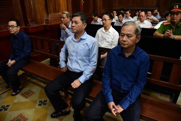 Phúc thẩm vụ đất vàng 15 Thi Sách: Cựu phó chủ tịch UBND TP.HCM Nguyễn Hữu Tín vắng mặt - Ảnh 1.