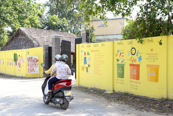 Biến những bức tường cũ thành tác phẩm nghệ thuật bảo vệ môi trường - Ảnh 2.