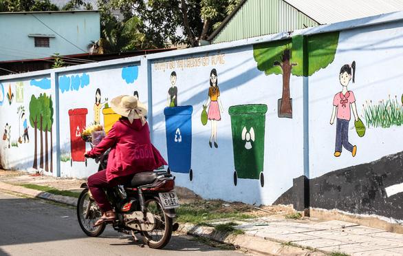 Biến những bức tường cũ thành tác phẩm nghệ thuật bảo vệ môi trường - Ảnh 6.