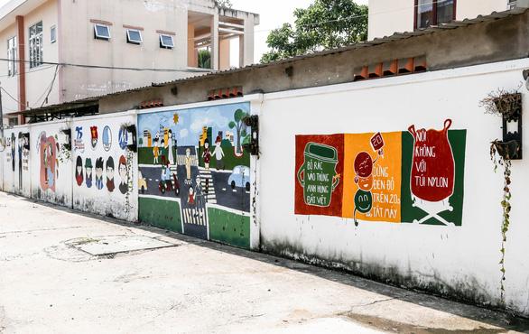 Biến những bức tường cũ thành tác phẩm nghệ thuật bảo vệ môi trường - Ảnh 4.