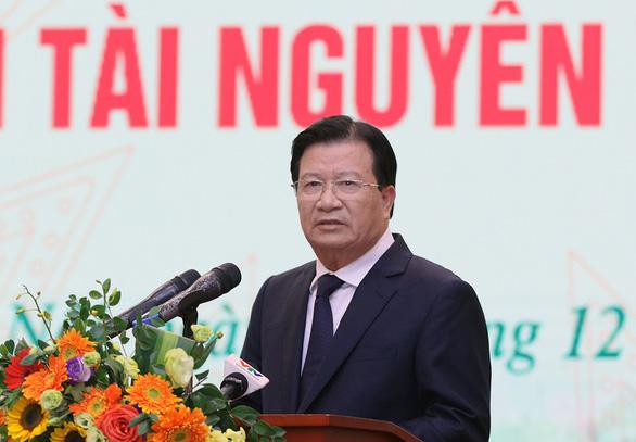 Phó thủ tướng Trịnh Đình Dũng: Ứng phó sự cố môi trường còn bị động, lúng túng - Ảnh 1.