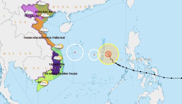 Liên lạc đưa 37 tàu cá ra khỏi vùng nguy hiểm dự kiến bão Phanfone đi qua - Ảnh 2.