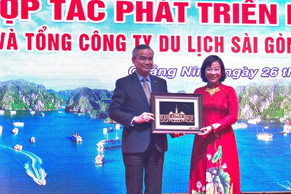 Saigontourist Group ký kết hợp tác phát triển du lịch Quảng Ninh - Ảnh 2.
