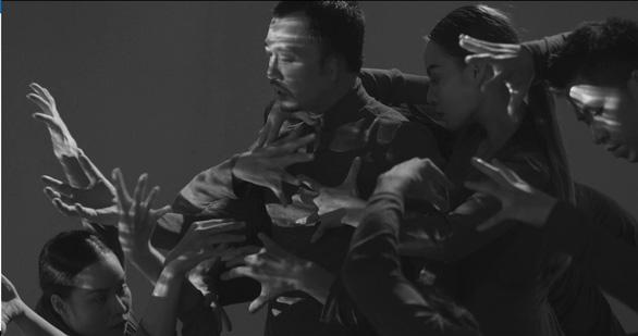 Hà Lê kết hợp Biển nhớ của nhạc sĩ Trịnh Công Sơn với rap, múa đương đại - Ảnh 3.