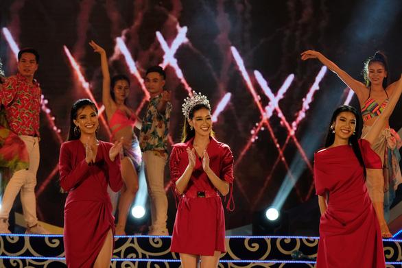 Ninh Bình đăng cai Năm du lịch quốc gia 2020 - Ảnh 8.