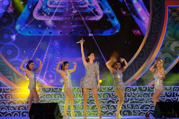 Ninh Bình đăng cai Năm du lịch quốc gia 2020 - Ảnh 7.