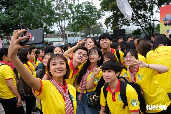 2.000 bạn trẻ khởi động Xuân tình nguyện - Ảnh 4.