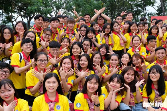 2.000 bạn trẻ khởi động Xuân tình nguyện - Ảnh 5.