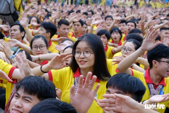 2.000 bạn trẻ khởi động Xuân tình nguyện - Ảnh 1.