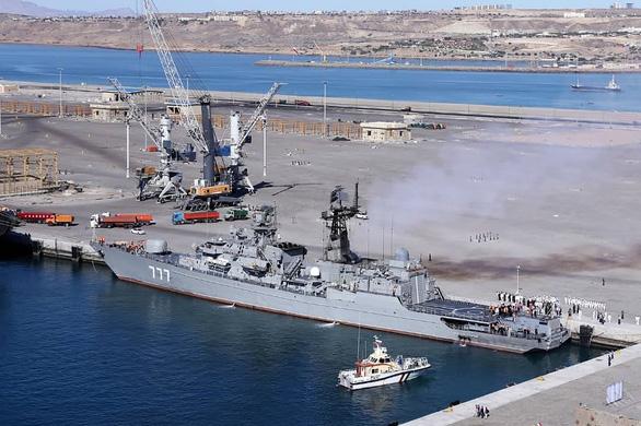 Iran khoe cùng Nga, Trung Quốc tạo tam giác quyền lực trên biển - Ảnh 2.