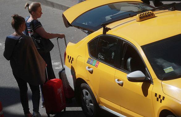 Dân Nga ớn lạnh với nạn cưỡng hiếp, giết người trên taxi công nghệ - Ảnh 1.
