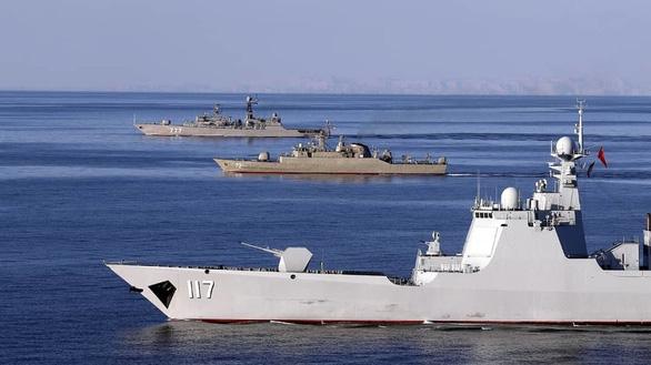 Iran thề bắn hạ máy bay dám do thám cuộc tập trận Nga - Trung - Iran - Ảnh 1.