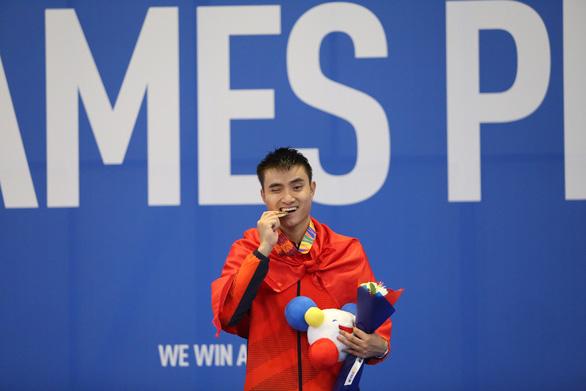 Đoạt thêm 8 huy chương vàng, Việt Nam giữ vững vị trí thứ 2 - Ảnh 1.