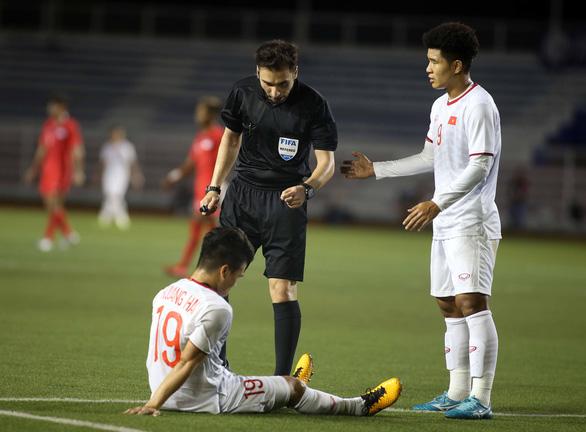 Quang Hải bị rách cơ đùi, có khả năng chia tay SEA Games 2019 - Ảnh 2.