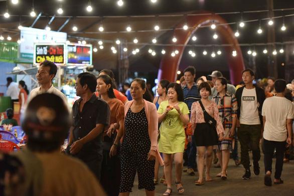 Du lịch Hà Tiên tăng tốc với chuỗi dịch vụ thương mại liên hoàn - Ảnh 1.