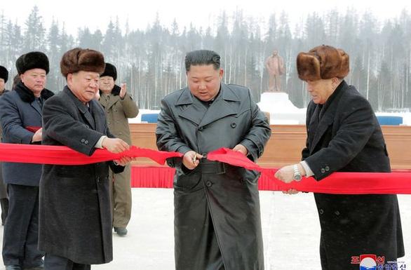 Tham vọng biến Samjiyon thành phố núi giàu có của ông Kim Jong Un - Ảnh 2.