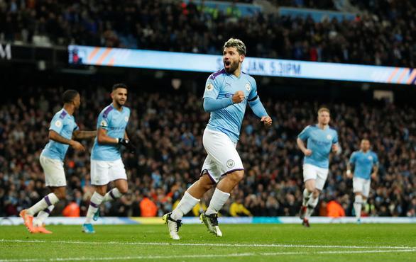 Thắng nhẹ Sheffield United, M.C nỗ lực bám đuổi Liverpool - Ảnh 1.