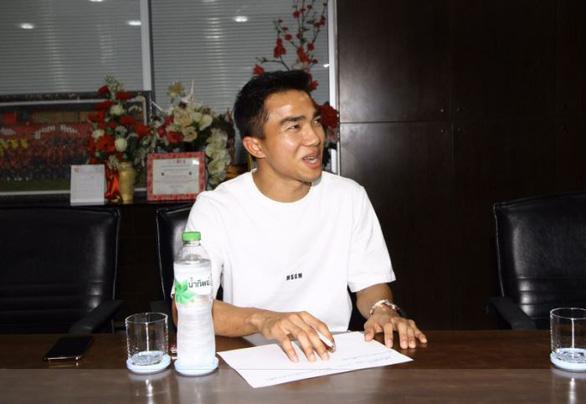 Chanathip: Thu nhập thấp khiến cầu thủ Việt Nam luôn thi đấu khát khao và kỷ luật - Ảnh 1.
