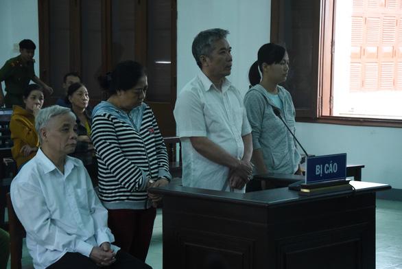 Cựu chánh án Tòa án Nhân dân Phú Yên lãnh 15 năm 6 tháng tù - Ảnh 1.