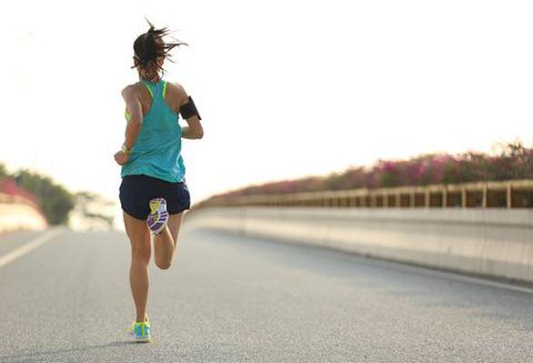 Mắc bệnh nan y nên không buồn tập thể dục? - Ảnh 1.