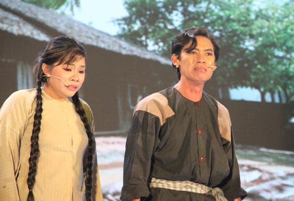 Nguyễn Chí Tâm: Anh chăn vịt nghèo khó chạm tay tới một giải thưởng lớn - Ảnh 1.