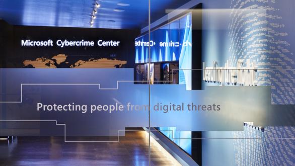 Microsoft nói bị tin tặc Triều Tiên lợi dụng để ăn cắp thông tin - Ảnh 1.