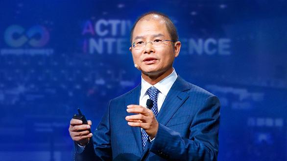Chủ tịch Huawei: Sinh tồn là ưu tiên hàng đầu trong năm 2020 - Ảnh 1.